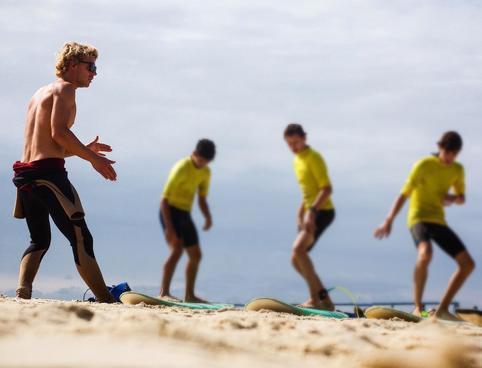 Cours de surf privé en gironde avec votre guide Maxime Castillo